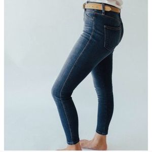 Carly Jean Los Angeles/Cello Skinny Jeans